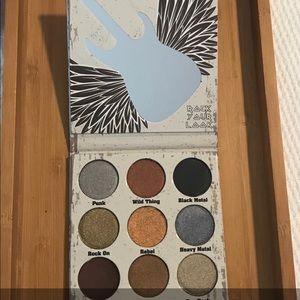 NEW Crown Glam Metals Eyeshadow Palette